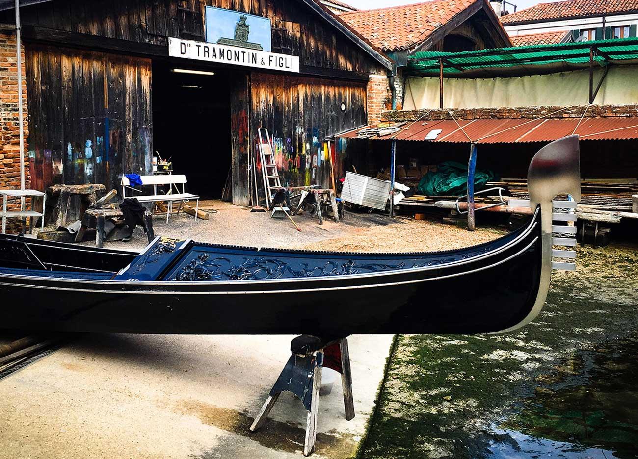 Venezia - Squero Tramontin - Il mondo in una Gondola