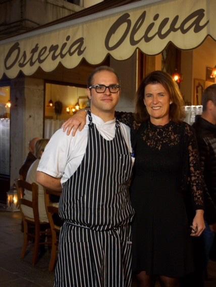 Venezia - Osteria Oliva NeraVenezia - Osteria Oliva Nera - Isabella con lo chef Stefano Novello